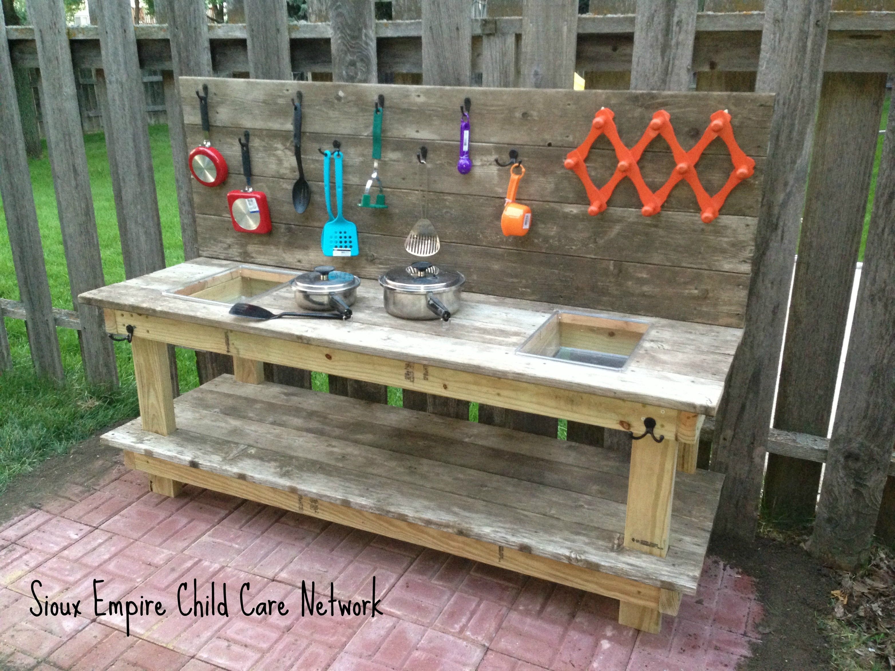 Mud Kitchen Fun – Sioux Empire Child Care Network